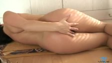 Hot Veronika playing with fingers - duration 2:51
