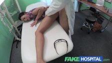 porno-ginekolog-imeet-patsientku