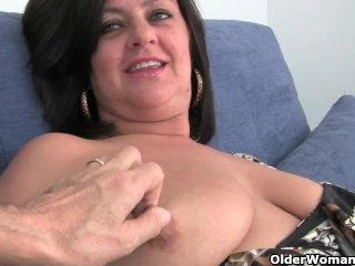 Mother With Big Tits Is Fingered