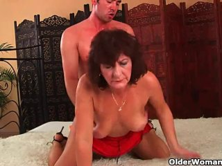 Granny With Hairy Pussy Gets Facial