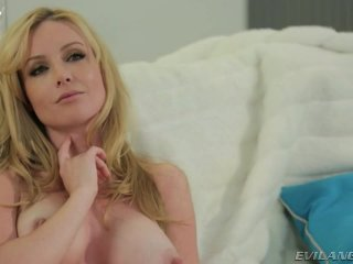 Gorgeous Lesbians Play With Dildo