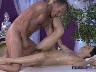 Massage Room Model With Hairy Pussy Fucked