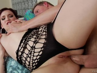 Amber Ivy Does Anal