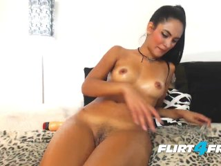Little Amateur Puts On A Squirting Show