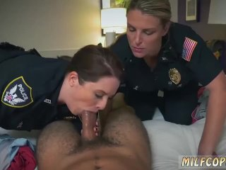 Blonde Milf Pink Girl Gets Out The Noise