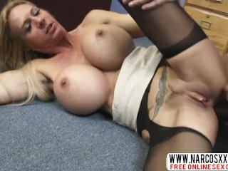 Tense Stepmom Brooke Tyler In Stockings Likes Best Cock