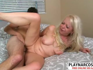 Crumb Girlfriend Mother Heidi Fucks Hard Young Bud