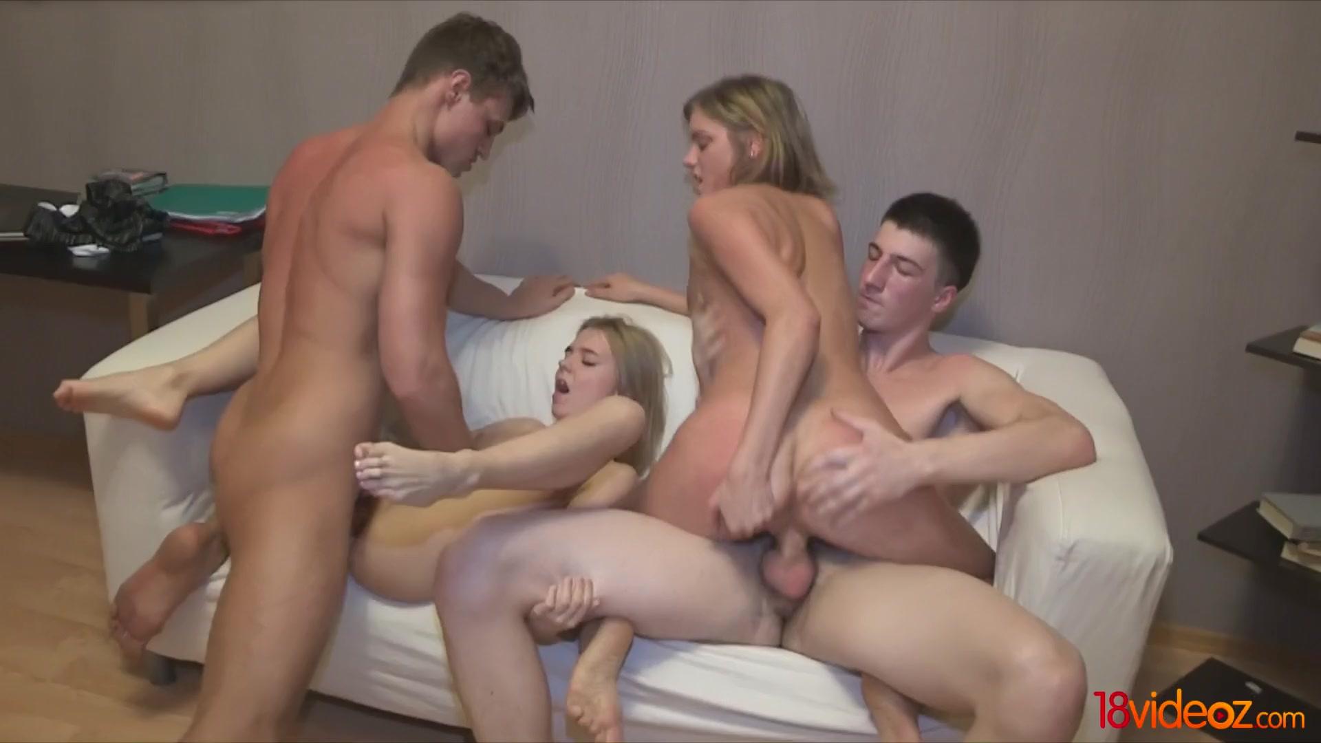 Порно групповуха русской молодежи