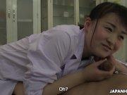 Японка Саяка Айширо сосет член на работе без цензуры