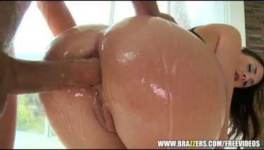 Sultry brunette in lingerie anally drilled - brazzers