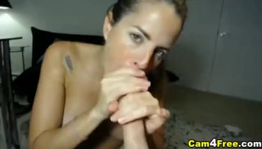 She Gets Unloaded with Hot Jizz on her Face