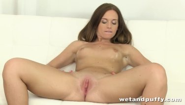 Closeup anal insertion and pussy gape