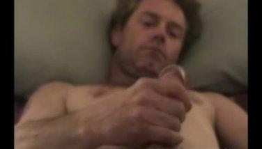 interracial-sex-julian-mcmahon-getting-naked-gratuite-videos