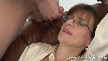 Lady sonia getting licked #15