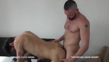 Bulgarian stud's ass ruined first time bareback