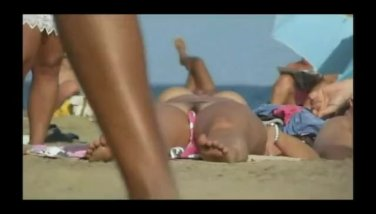 pussy-breasts-videos-beach-deana