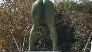 Squatting nude statue Crazy japanese bronze statue