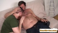 Chub gay site Redbear assfingered while jerking by chub guy