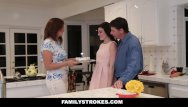 Mom and fucking Familystrokes - fucking my stepdad while mom cooks