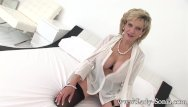 Vip cock cravers Busty milf lady sonia teaching to make cock hard