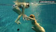 Teen girls showing off their goods - Two sexy amateurs showing their bodies off under water