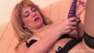 Trimmed pube porn Trim blonde babe needs all her holes filled