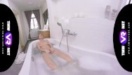 Most beautiful naked models on earth Tmwvrnet -arwen gold- the most sensual bath solo by arwen gold in vr