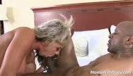 My cock deep into moms mom Jammin my bbc into milf carmen jays hot pussy