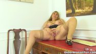 Fanny tit - British milf gilly dildos her shaven fanny for us