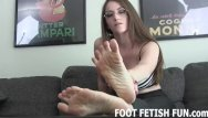 Lesbian toe sucking videos Femdom foot worship and toe sucking videos