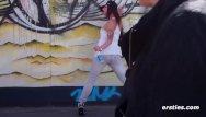 Minka boob clip Minka macht krissi den berliner curry -stripe tease