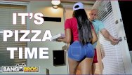 Pizza hut nude - Bangbros - black pizza delivery girl moriah mills delivers her big ass