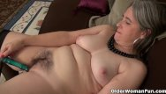 Mothers pussy started - American gilf kelli starts toying her hairy pussy