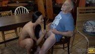 Male orgasm tis Daddy4k. alter mann verfuhrt die freundin seines sohnes zum sex auf dem tis