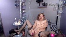 Blond MILF LillyLuck gets loud orgasm 18flirt