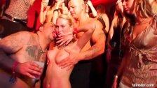 Hot pornstars dancing wet and fucking
