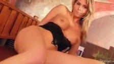 Hot ass Gina strippin 3