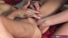 Kinky lesbian MILFs fisting