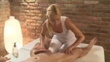 Horny masseuse reaches her climax