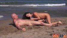 Hot MILF Francesca James seashore pounding