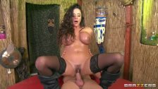 Witch doctor gets some action – brazzers