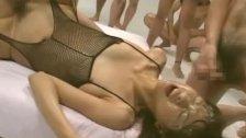 Asian babe Akira Shiratori jizzed