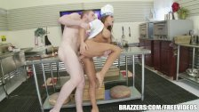 Madison Ivy know how to work her m - brazzers