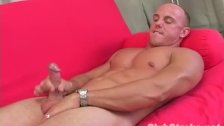 Muscular Straight Guy Dan Masturbating