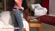 19yo czech chick shows her naked body