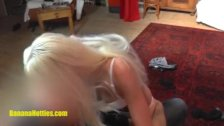 Sexy blondie does strip at the first CASTING
