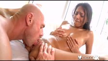 Cum gargling Janice Griffith swallows a load
