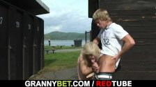 Old blonde gets fucked in the public changing
