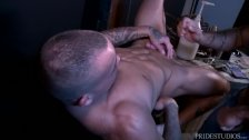 High Performance Men Ass Playing With Dildos