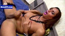 Latina tranny jerking her dick before cumshot